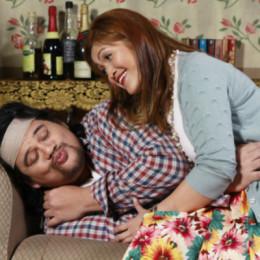 01 Jamie Wilson as John Smith, Goldie Soon as Mary Smith