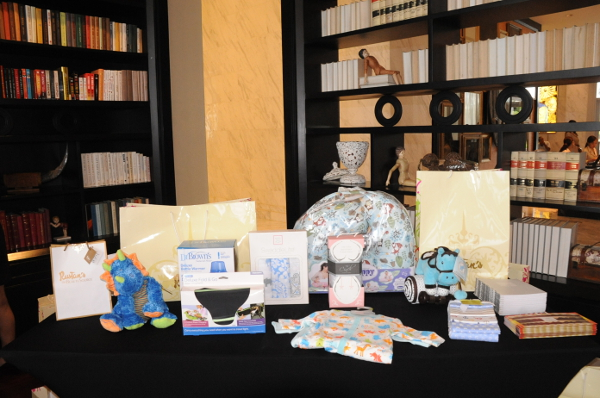 Wedding Gift Ideas Rustans : ... Rustans Weddings and Beyond + over 12 baby gift ideas TRIXIE