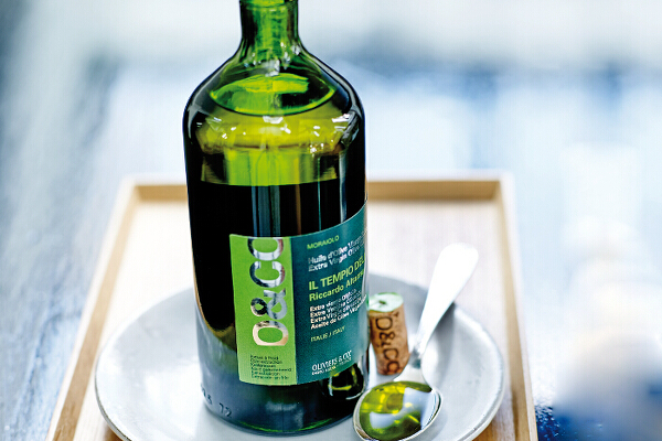 beauty-olive-oil-oco