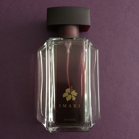 Imari Classic Eau de Cologne Spray, 50mL, P1,000. If you want a young, playful, and irresistible scent, this classic is your bet. Its notes of sparkling citrus, opulent jasmine, and addictive vanilla give you that touch of sensuality.