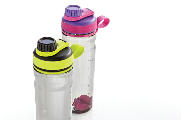 Rubbermaid Shaker Bottle (3)