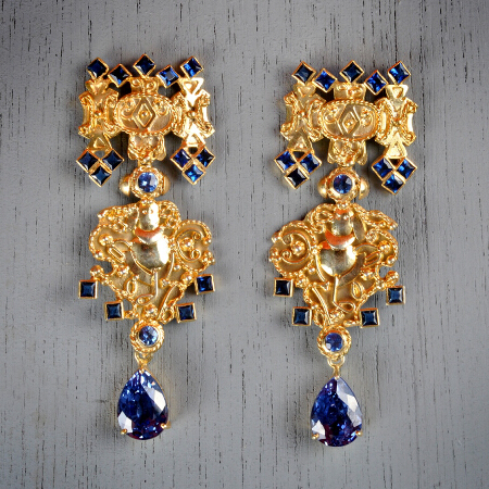 25. Katherine. Handcrafted earrings with blue sapphire