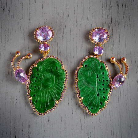 20. Maria. Handcrafted earrings with amethyst and carved jade