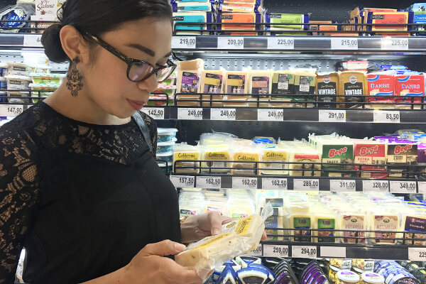 Selecting my California Cheeses at Rustans