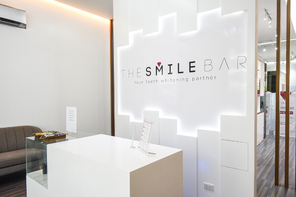 The Smile Bar (2)