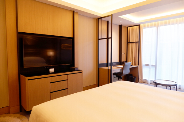 Hilton Bedroom TV